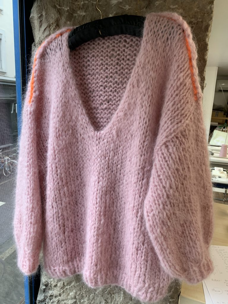 fiche tricot pull sans coutures agnès dominique le lyon qui tricote le 375g
